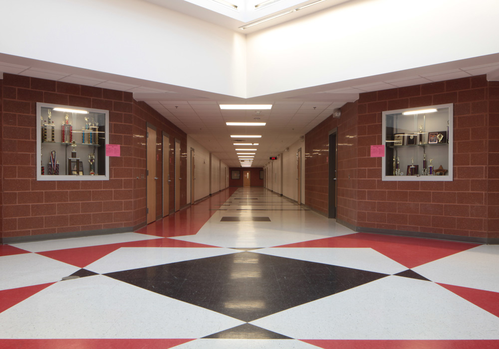 HCISD Memorial Middle School Hall