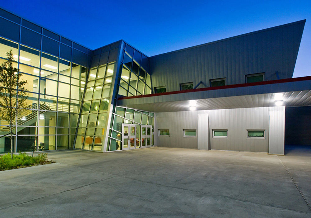 JLISD Lincoln HS Exterior Night