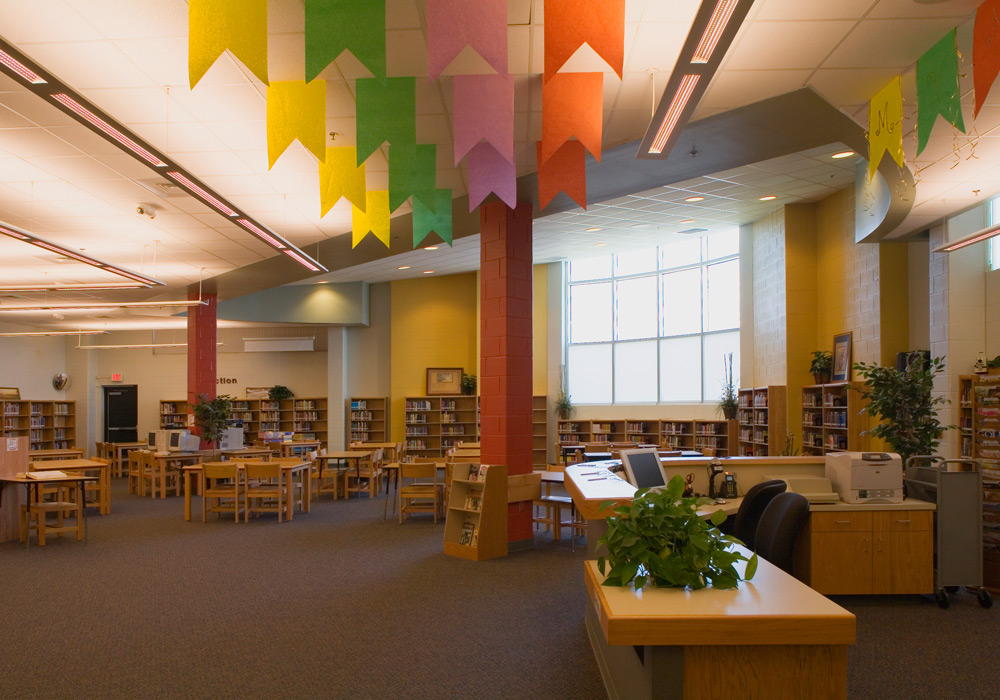Vela Middle School library