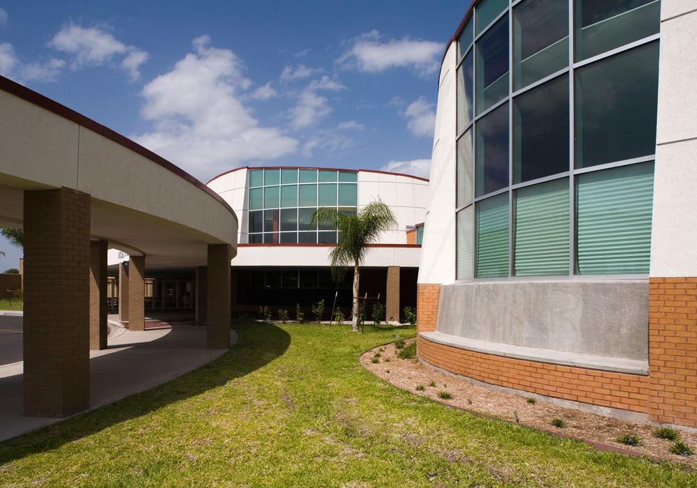 Vela Middle School walkway